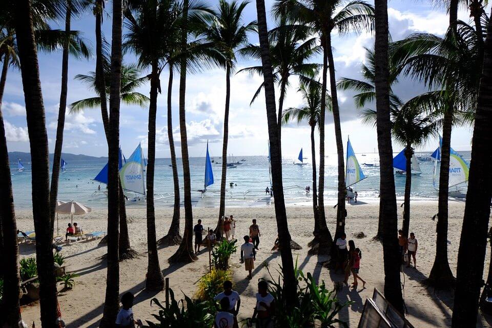 White sand beach on Boracay