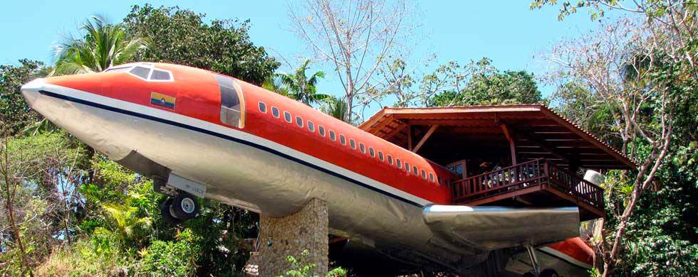 A repurposed Boeing 727 is now a luxury suite! Photo: Costa Verde Facebook.